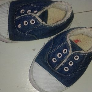 GAP Shoes - Sz3 baby girl sneaker set washable